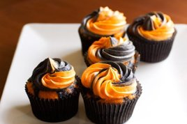 halloween_cupcakes-1